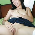 Nubile filipina babe janice strips off her school uniform - image 2