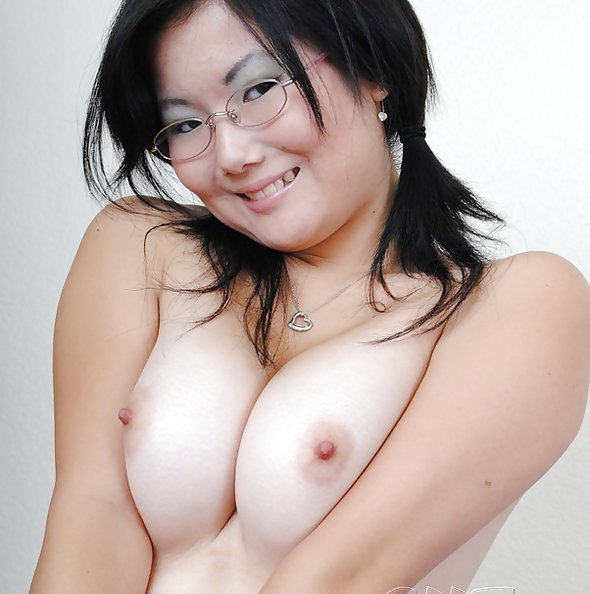 Super cute and brand new Chinese chick stripping nude