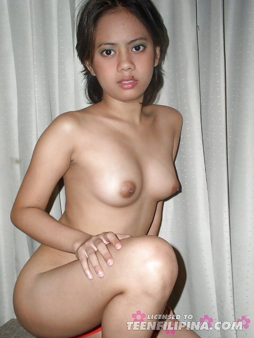 North indian girl undressed show her nude body to her bf 1
