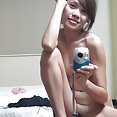 Lonely filipina girl friend emailed these nude pics - image 2