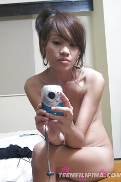 Lonely filipina girl friend emailed these nude pics
