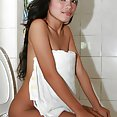 Filipina beauty Carla shows of gorgeous smile and hot nude body - image 2