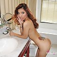 Slim and fit import model asia perez nude - image 2