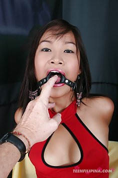 Cute Thai cocksocket with oral blowjob ring
